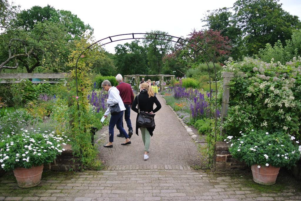 Kronprinsessan Margaretas blomstergata står i full blom år efter år!